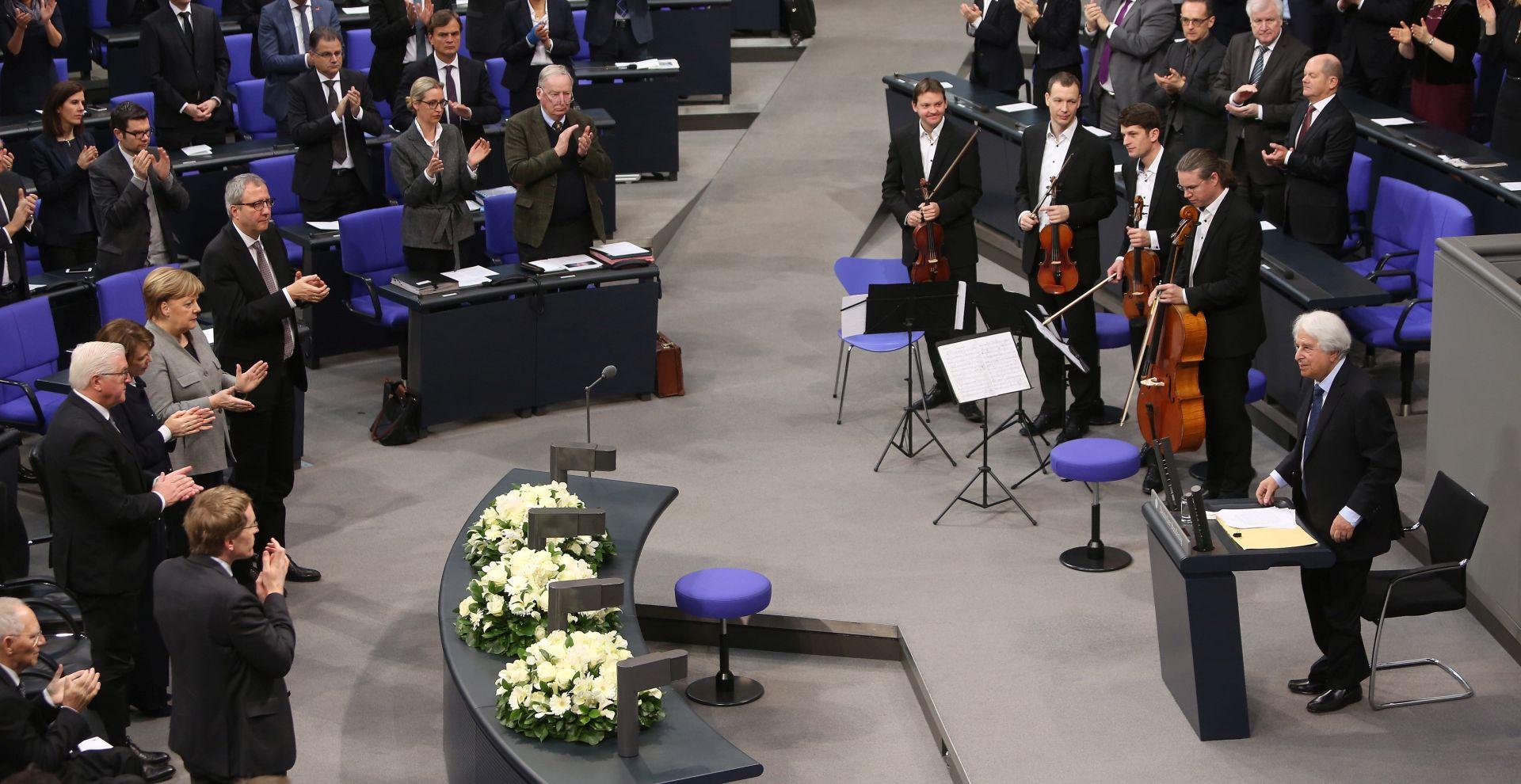 NJEMAČKA Bundestag upozorio na rastući antisemitizam