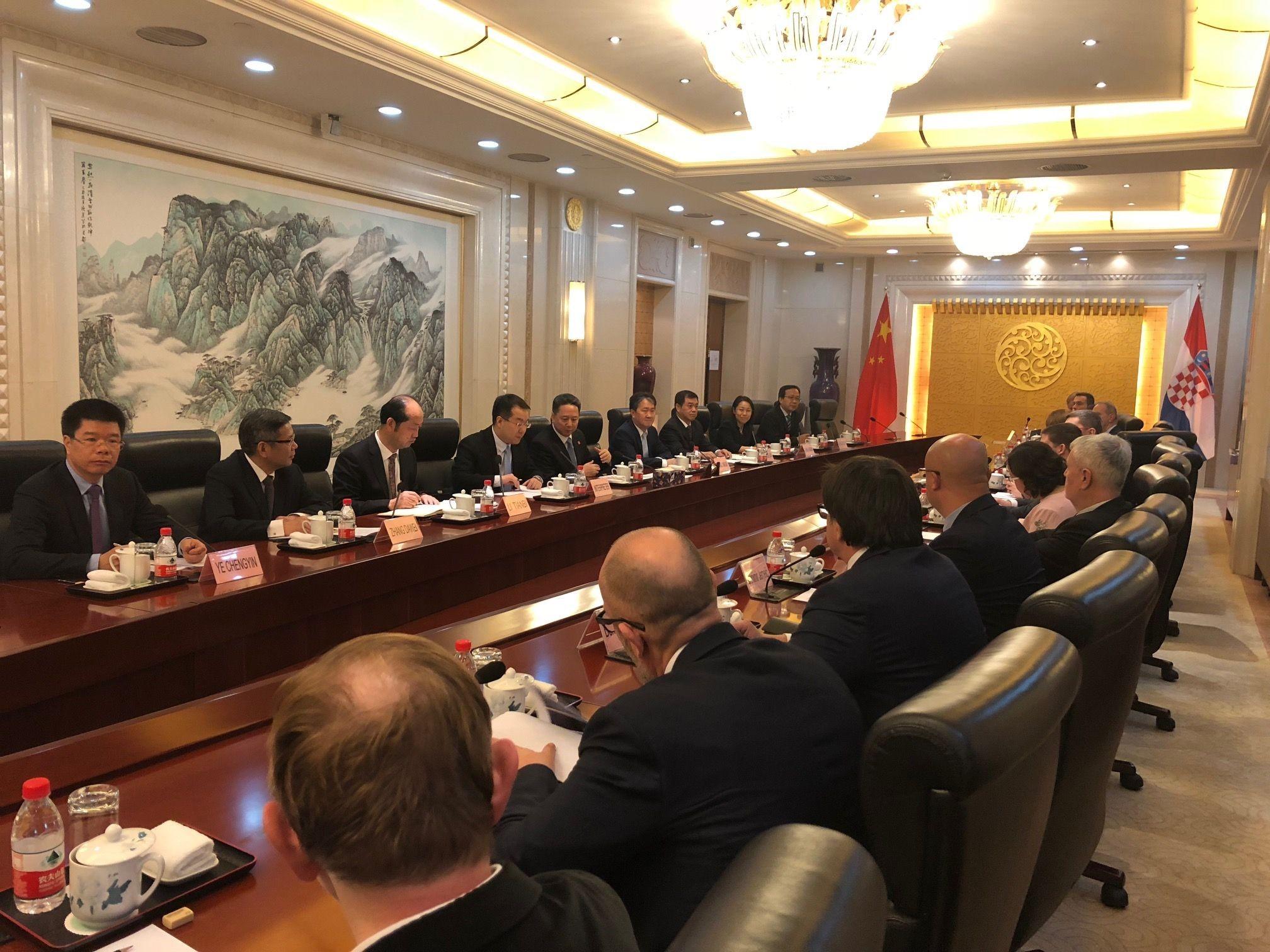 Ministar Butković u Kini predstavlja projekte prometne infrastrukture
