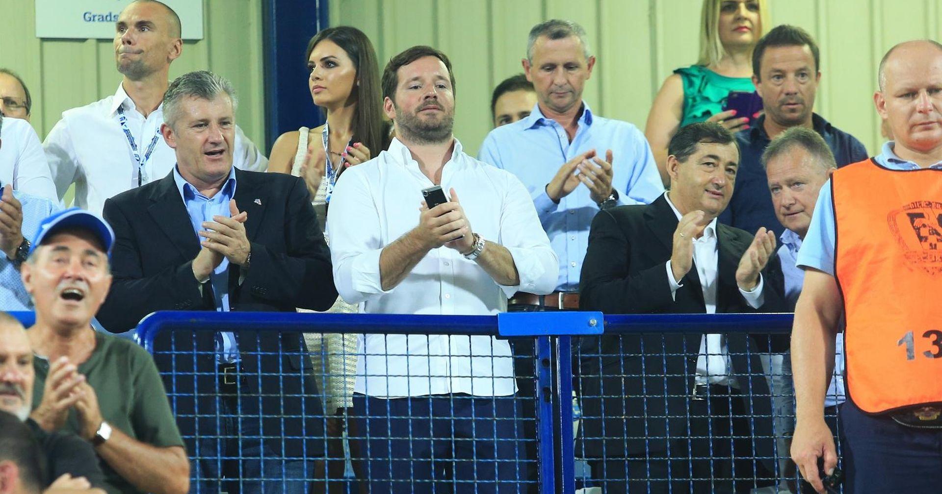 Nogometna agencija u NK Osijeku na udaru FIFA-e