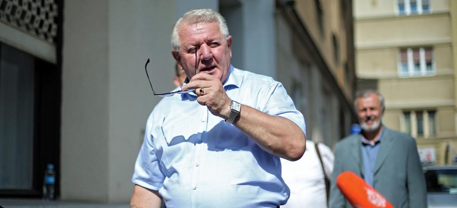 Đakić osudio sinov govor mržnje, Ivan Đakić iščlanio se iz HDZ-a