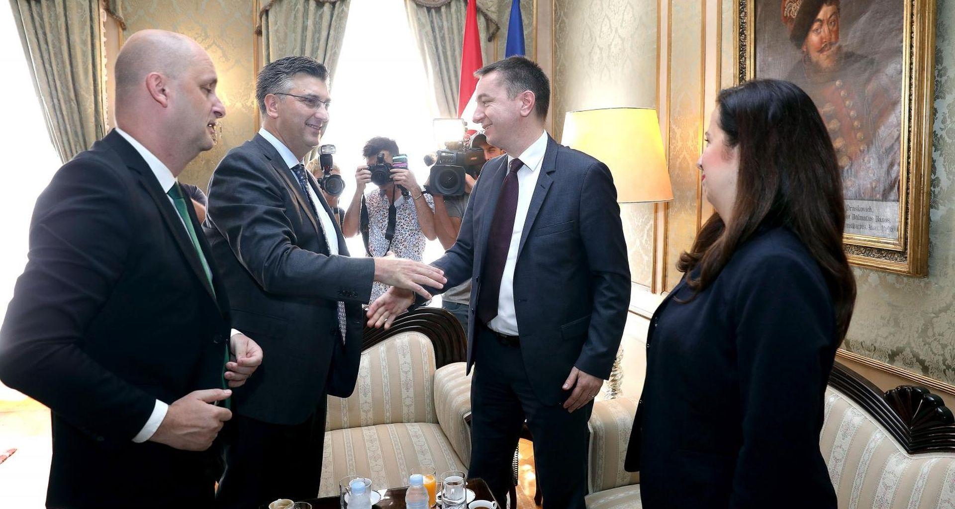 Pobuna protiv Tolušićeve direktive o ugovoru s Agrokorom