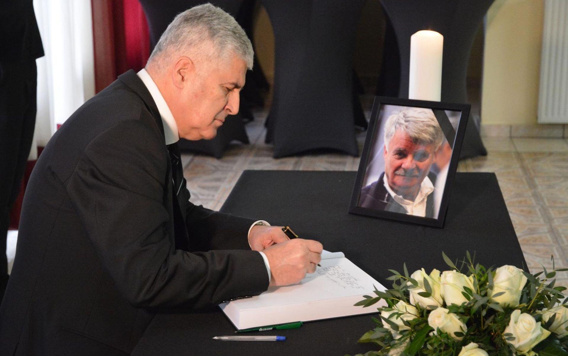 Komemoracija u Orašju za glumca Ivu Gregurevića