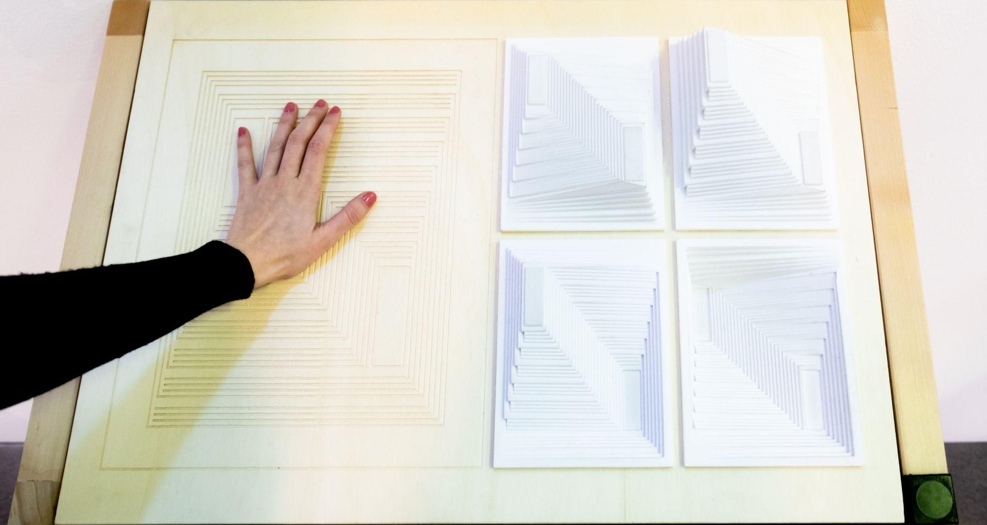 Izložba Josef i Anni Albers prilagođena za slijepe u MSU