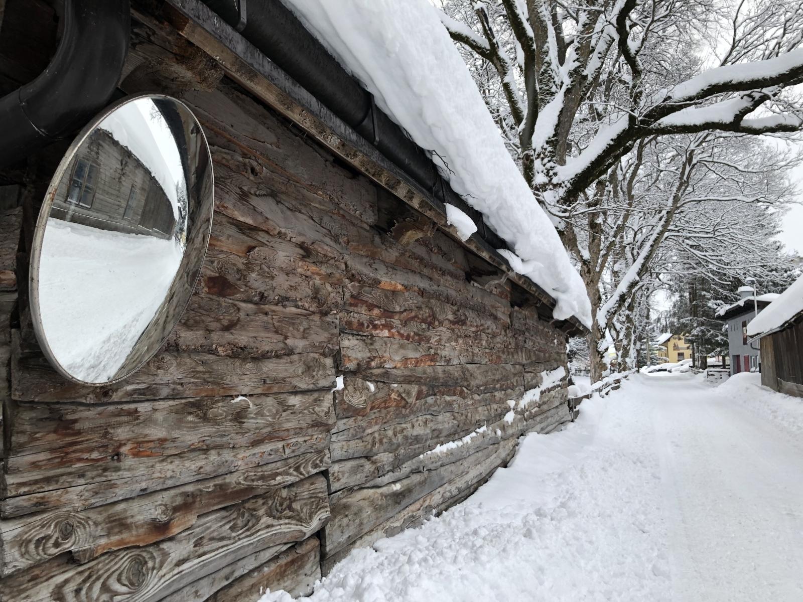 Austrija i dijelovi Njemačke se i dalje bore sa snježnom stihijom