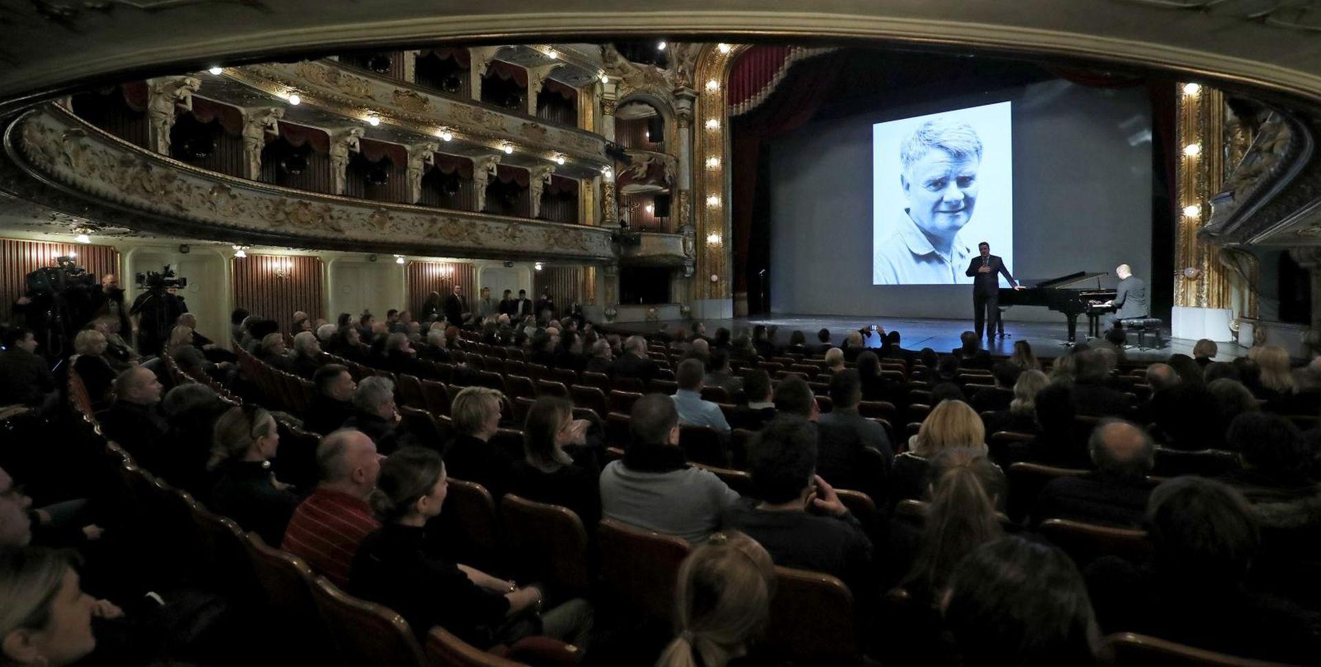 Hrvatska kulturna javnost oprostila se od Ive Gregurevića
