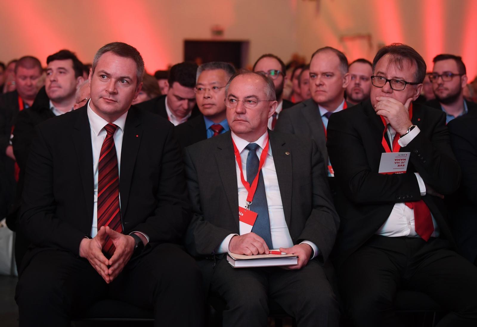 """Zastupnik u Bundestagu Juratović """"Dodik i Čović se ponašaju sramotno"""""""