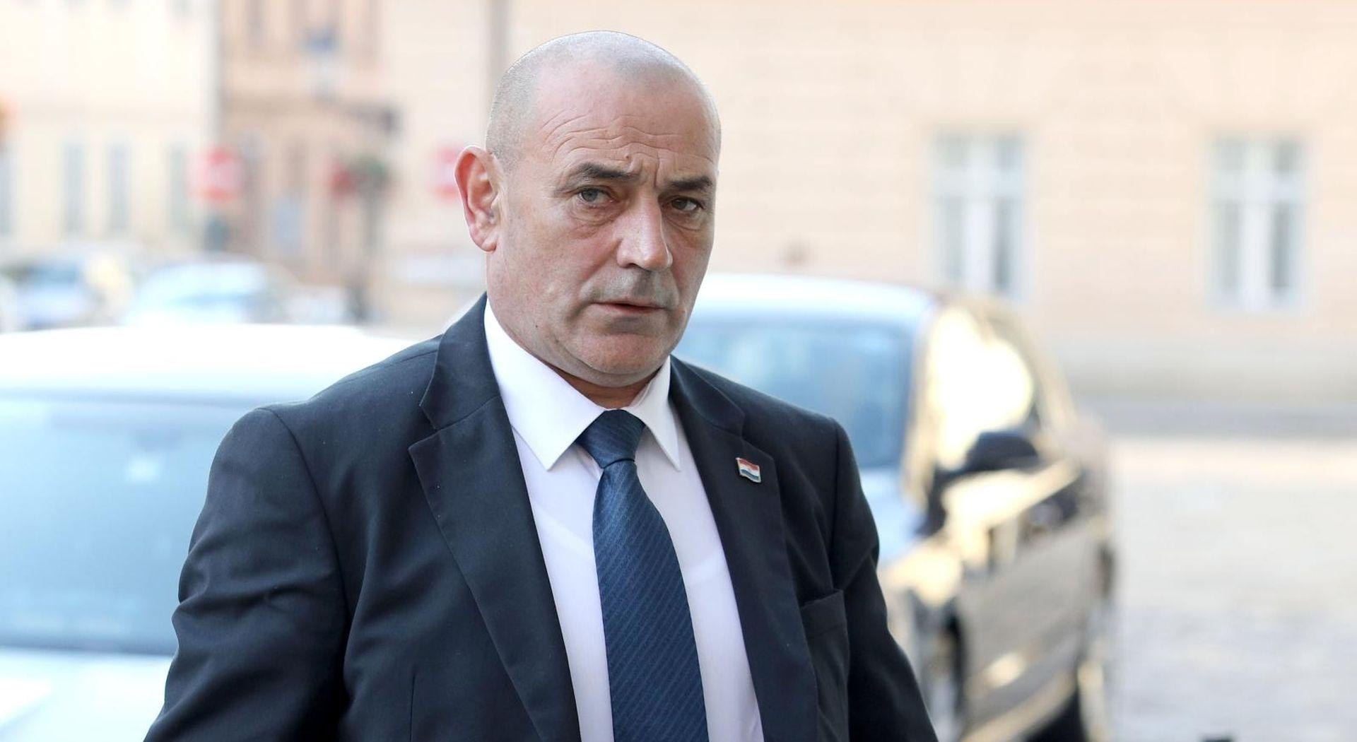 Ministar Medved osudio Đakićev govor mržnje