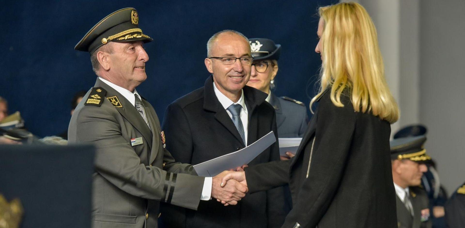 Novi ustroj Hrvatske vojske, zapošljava se 976 novih vojnika