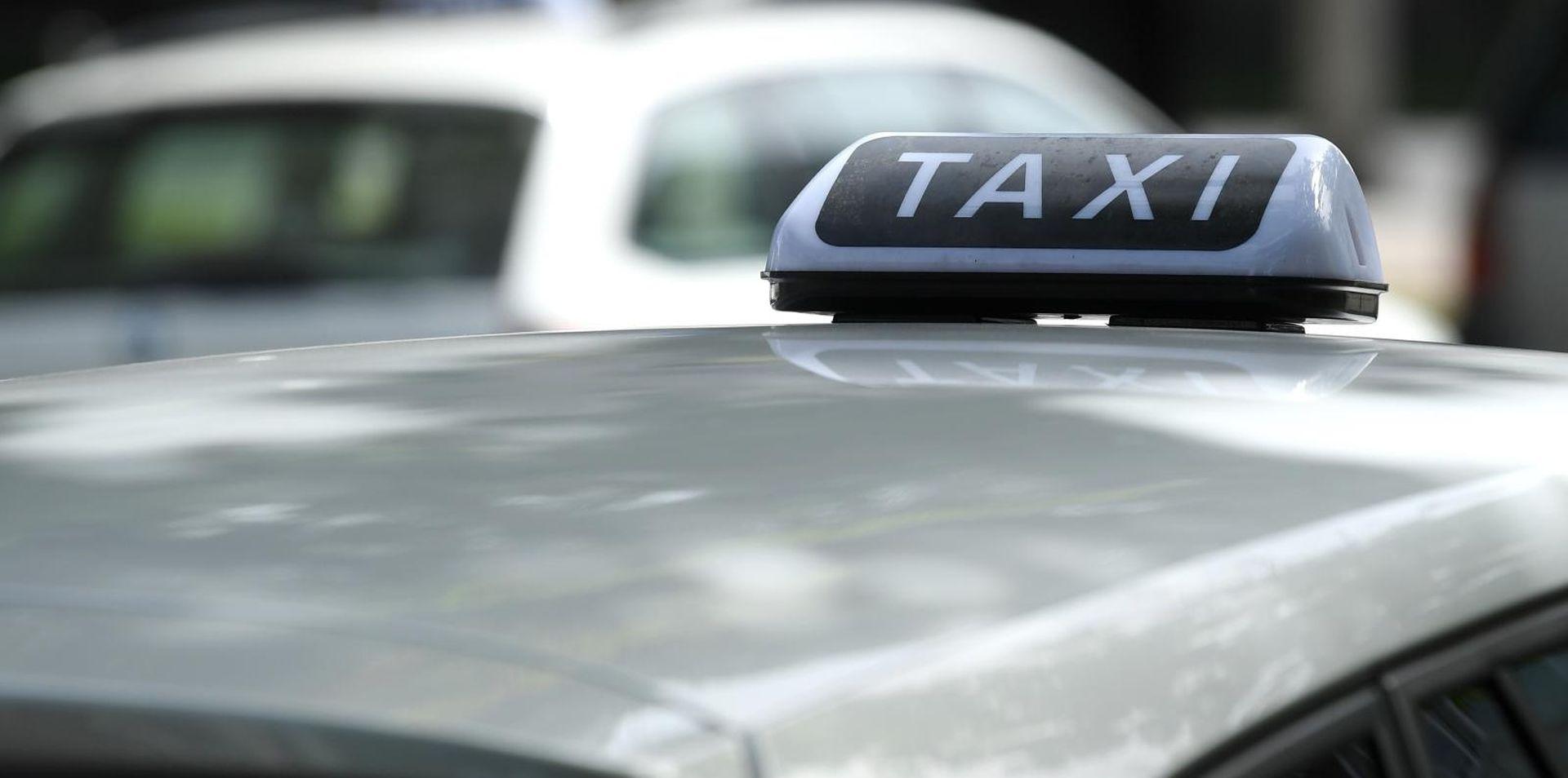 Uhvaćeni maloljetnici koji su otimali novac zagrebačkim taksistima