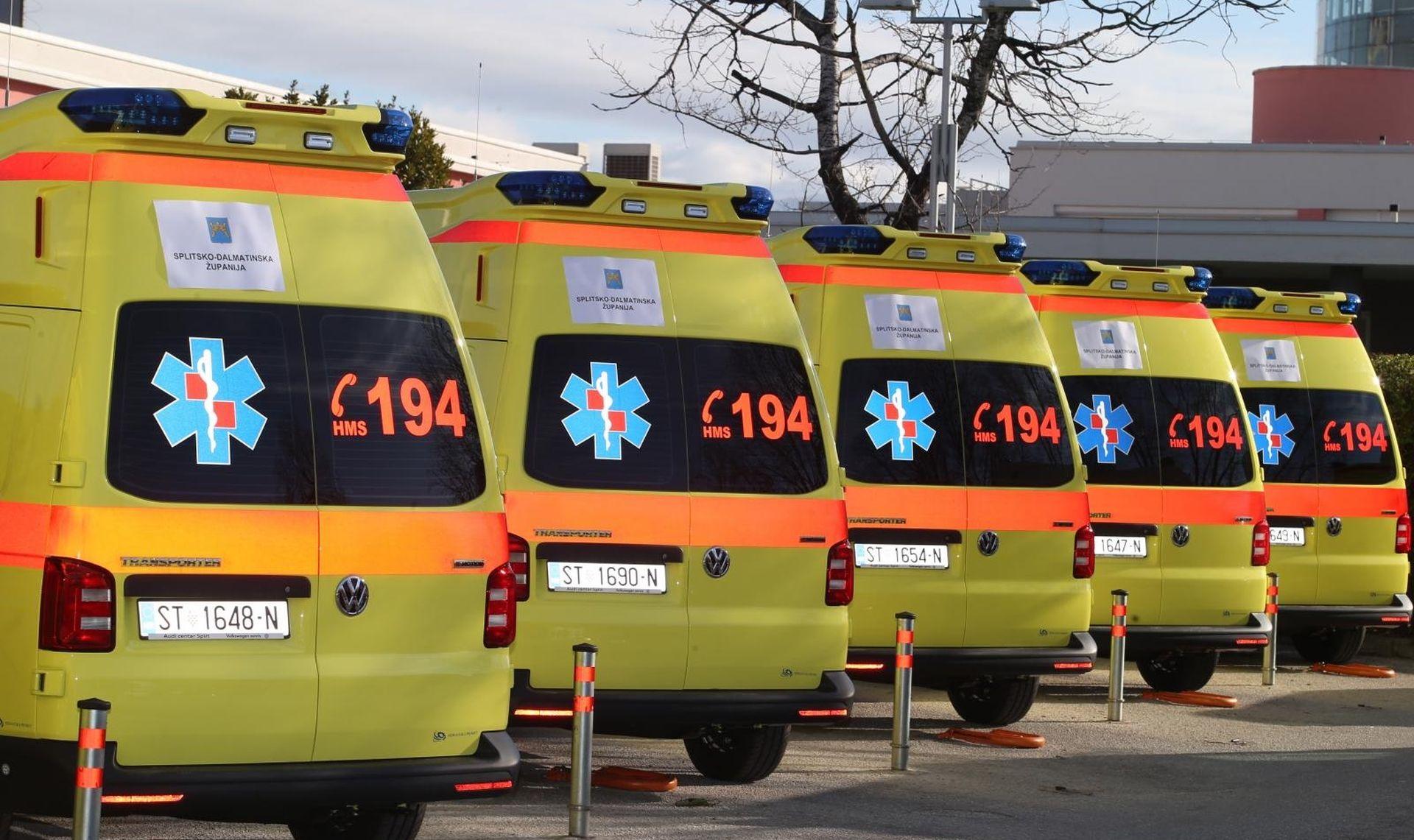 SPLIT Župan uručio ključeve šest novih vozila za hitnu medicinu