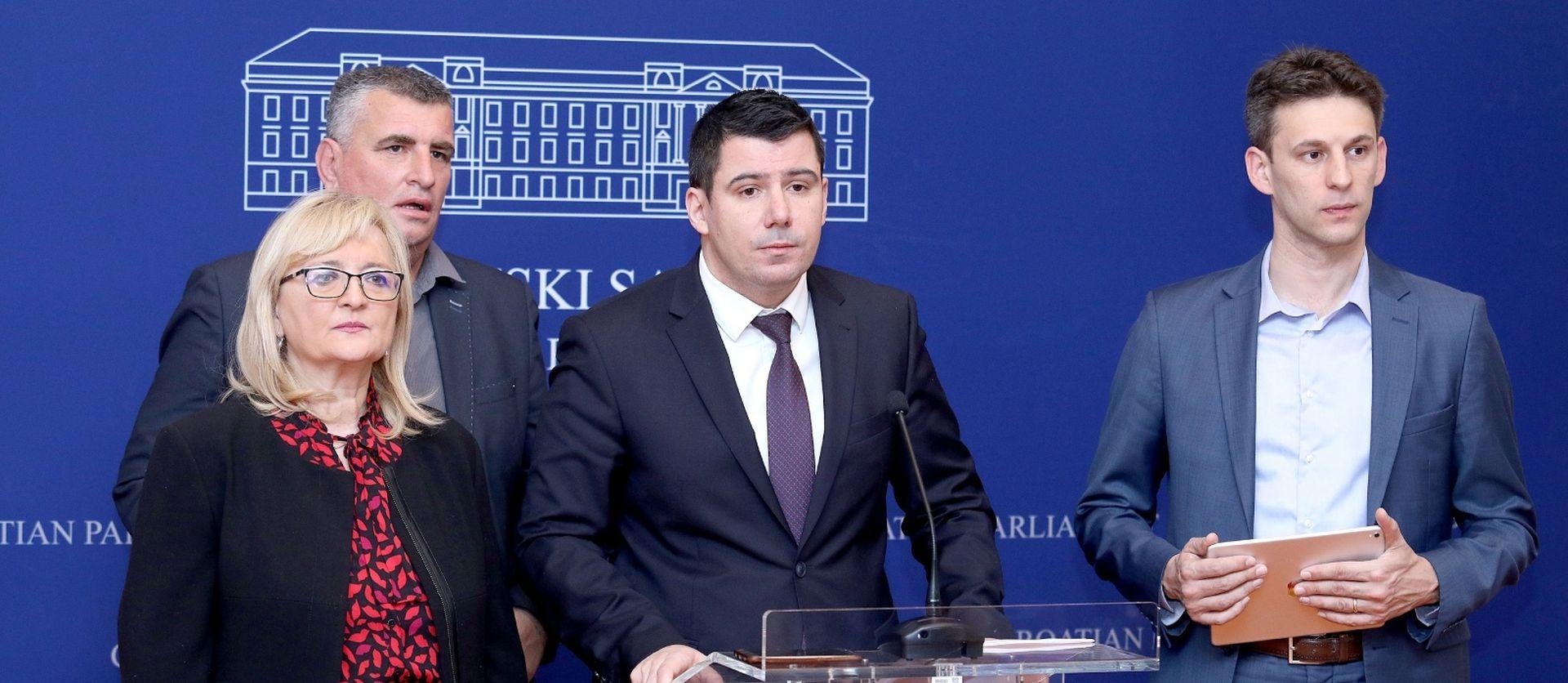 """MOSTOVCI """"Plenković je pokazao svoje lice"""""""