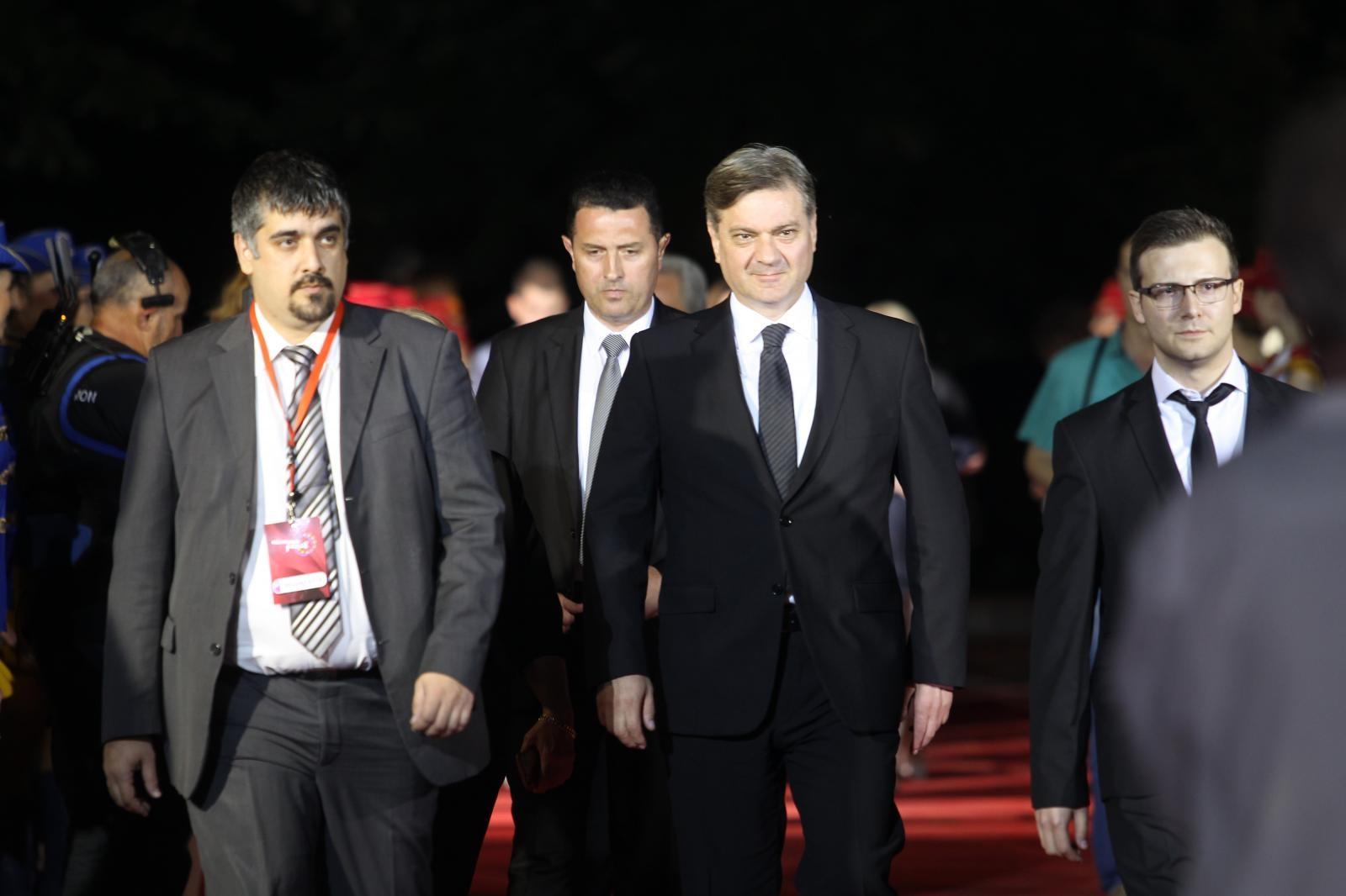 Zvizdić pozvao Hrvatsku i Srbiju da napokon riješe pitanje granice s BiH