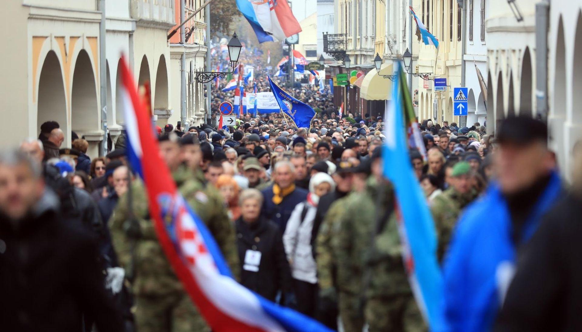 Društvo Logoraša srpskih logora prozvalo HRT zbog cenzure i napada na novinare