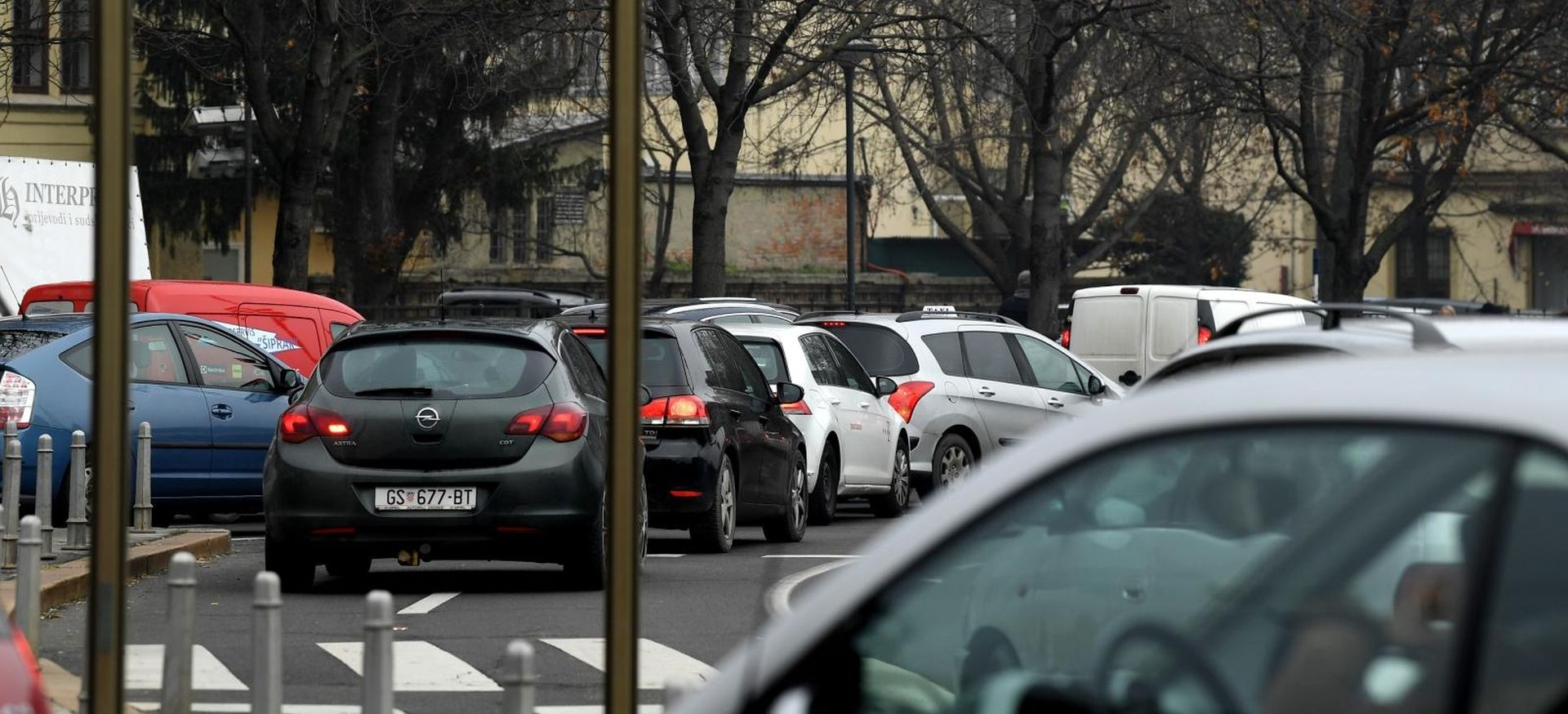 HAK upozorava na skliske kolnike i pojačan promet u gradovima