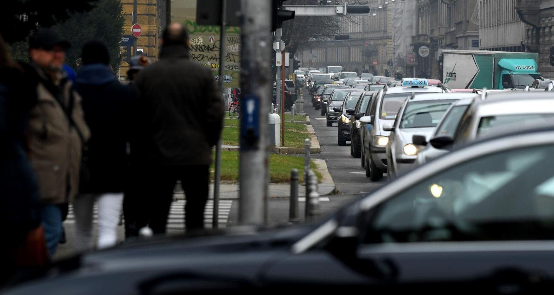 Gust promet na gradskim prometnicama