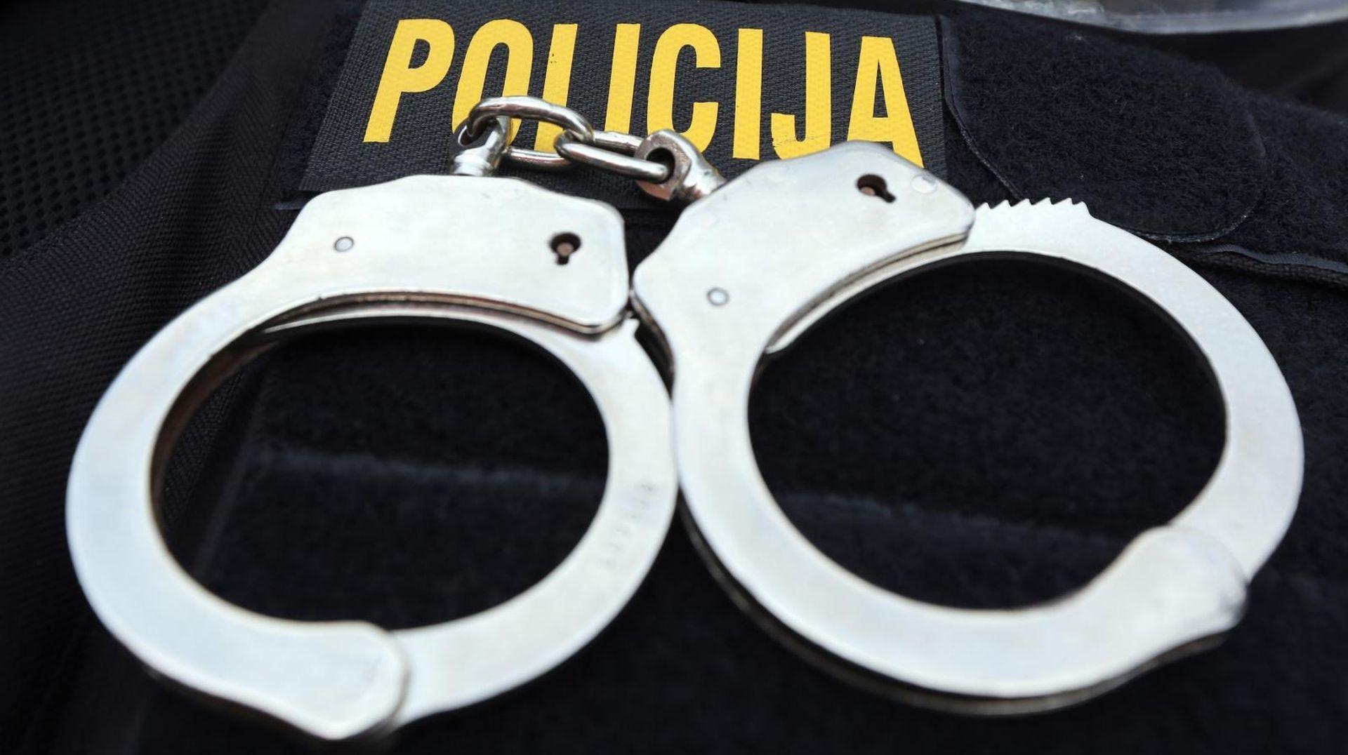 Uhićen muškarac koji je 12 godina iznuđivao zagrebačke supružnike
