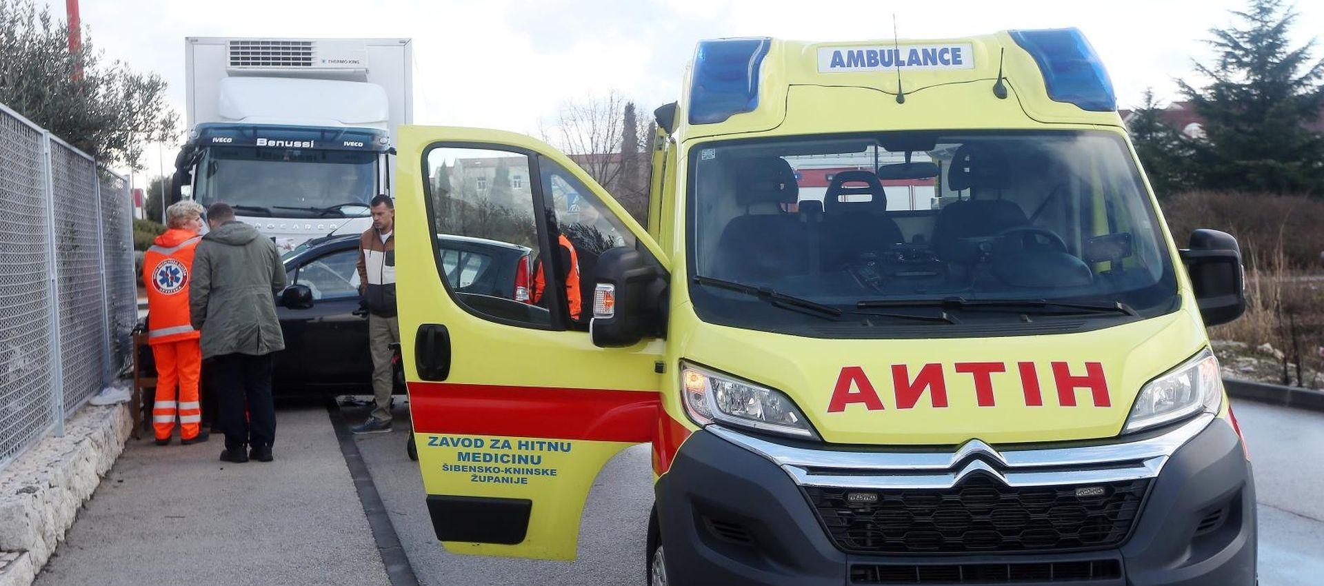 Nesreća u Šibeniku, dvije osobe ozlijeđene