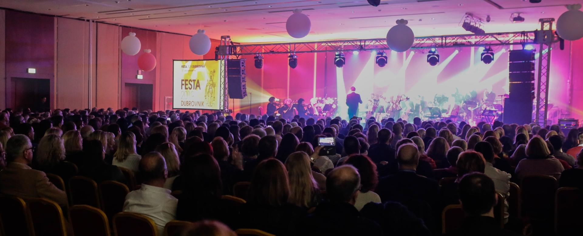 FOTO: Humanitarnim galakoncertom završio program FESTE 2019 DUBROVNIK