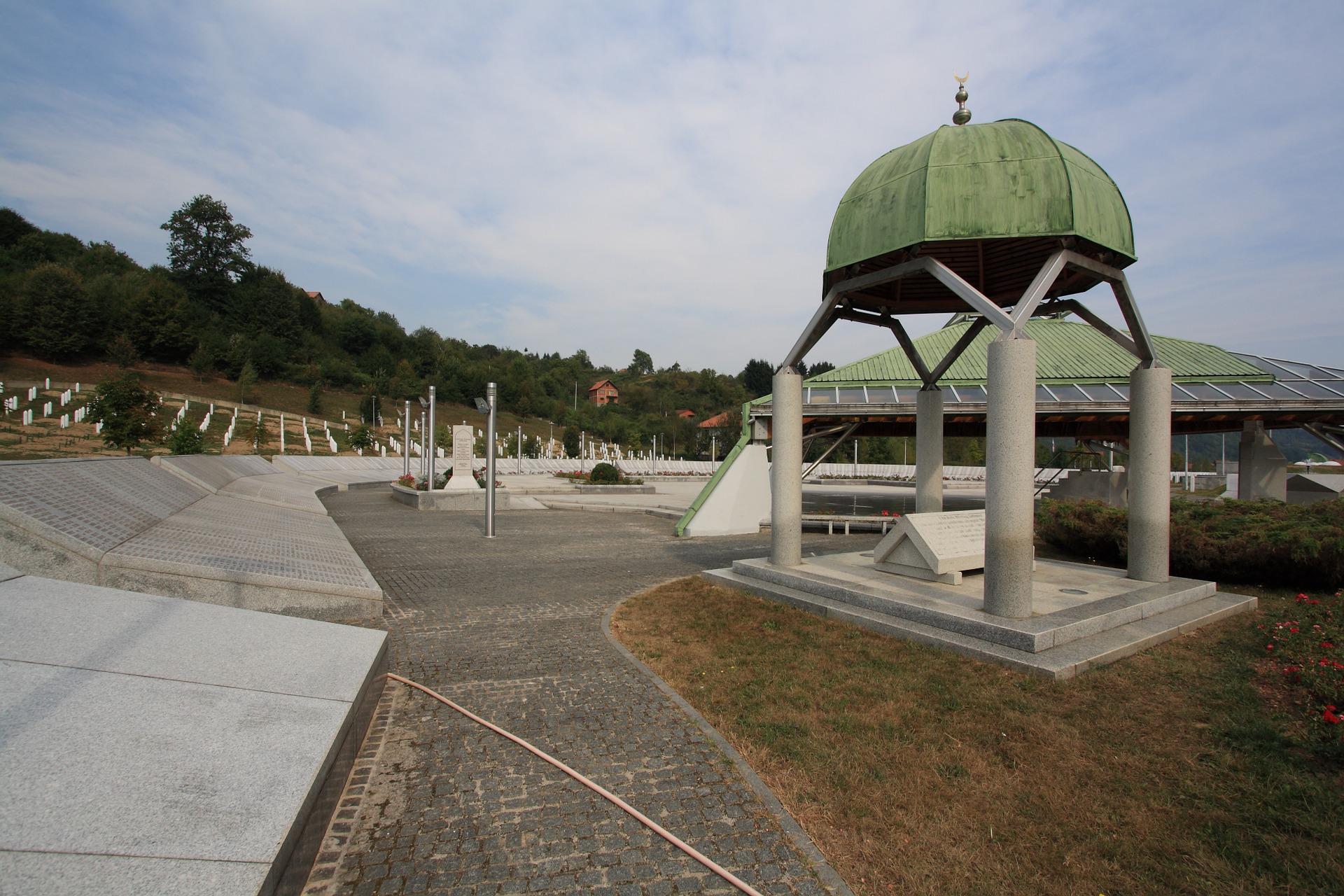 SREBRENICA Obilježen Međunarodni dan sjećanja na žrtve Holokausta
