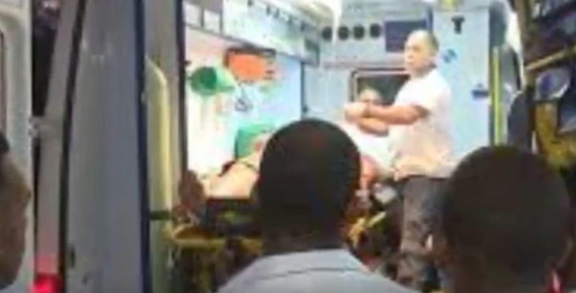 KUBA 7 mrtvih u prevrtanju autobusa
