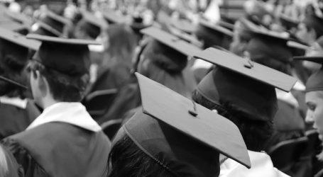 Hrvati odlaze diplomom za kruhom