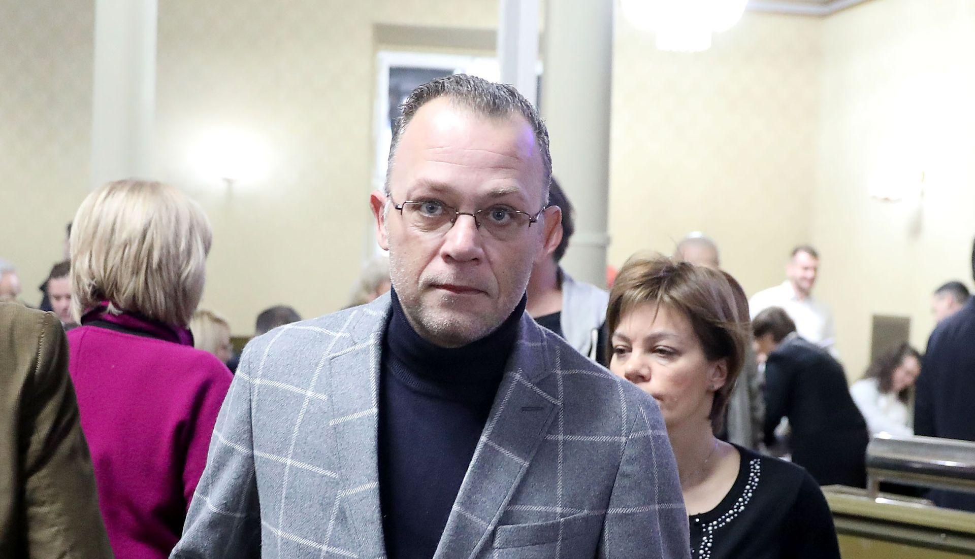 """Plenkovićeva vlada krade intelektualno vlasništvo"""