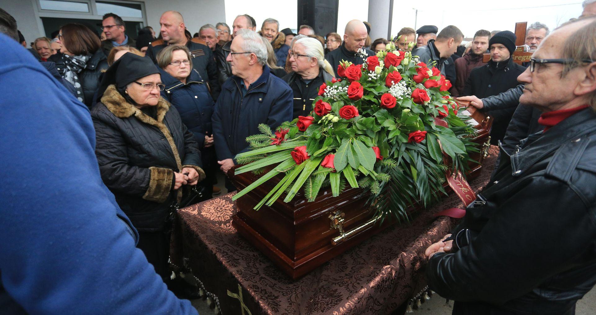 ORAŠJE Pokopan hrvatski glumački velikan Ivo Gregurević
