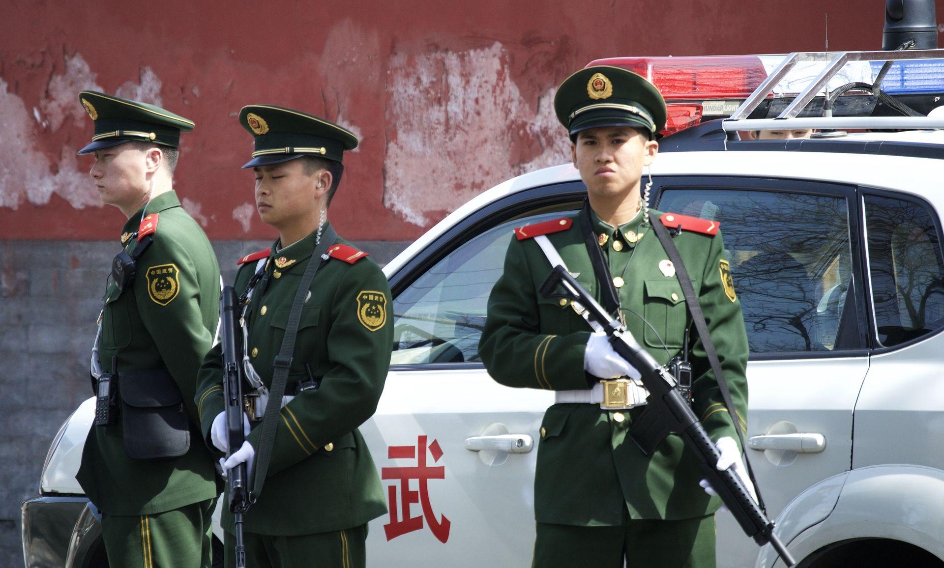 Izbodeno 20 učenika u osnovnoj školi u Pekingu