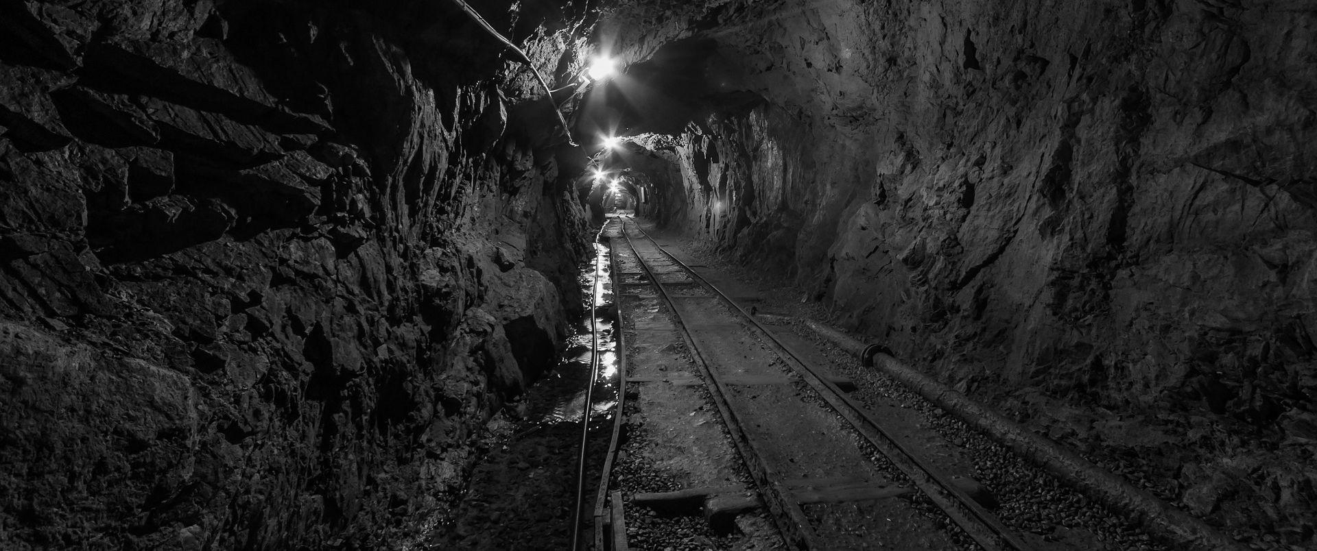U urušavanja tunela u Afganistanu poginulo najmanje 30 rudara