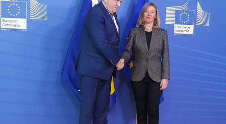 Dodik kaže kako se Srbi, Hrvati i Bošnjaci moraju dogovoriti o budućnosti BiH