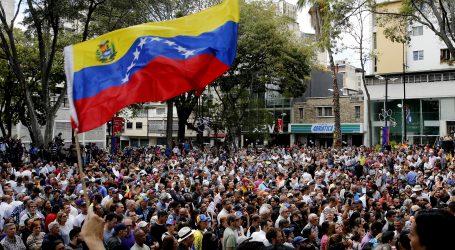 Venezuelska oporba se okuplja radi pritiska na Madura