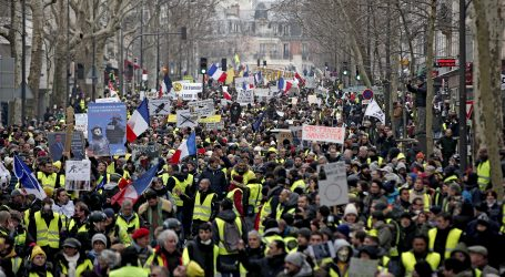 """""""Žuti prsluci"""" ponovno na ulicama Pariza"""