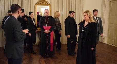 Biskup Uzinić i predsjednica razgovarali o aktualnim temama važnim za Crkvu i društvo