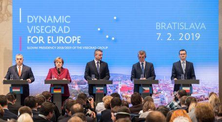Merkel ide na smirivanje sa zemljama Višegradske skupine