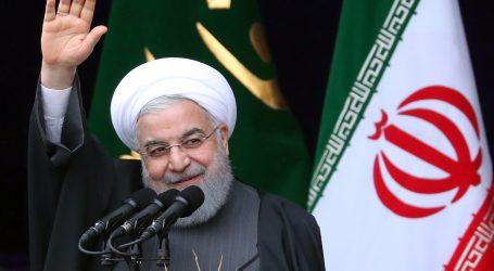 Iran predstavio novu podmornicu Fateh naoružanu krstarećim projektilima