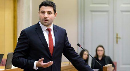 SABOR Bernardić prozvao Vladu zbog brodogradilišta
