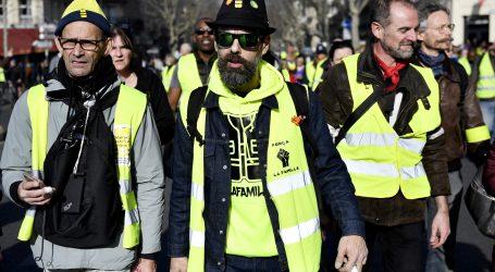 """Francuski """"žuti prsluci"""" prosvjeduju i treći mjesec"""