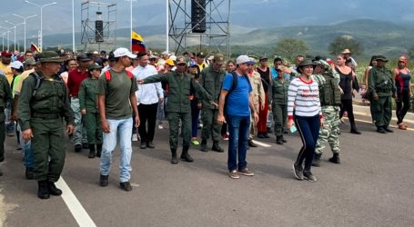 Prosvjedi na granici Venezuele i Kolumbije, dio vojnika napustio položaje