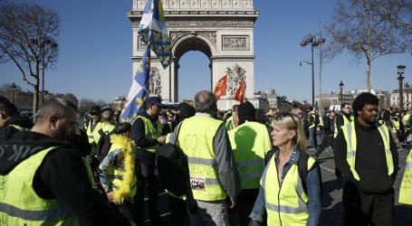 """Deseci tisuća ljudi na prosvjedima """"Žutih prsluka"""""""