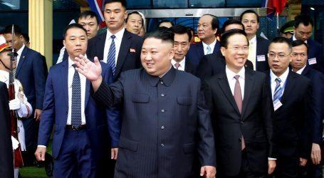 Kim doputovao u Hanoi na summit s Trumpom