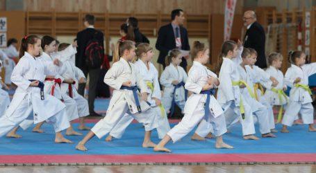 FOTO: Karate kup Mladosti okupio više od petsto mladih sportaša