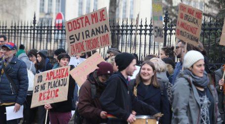 Prosvjed inicijative 'Dosta je rezova', odbili razgovor s ministricom