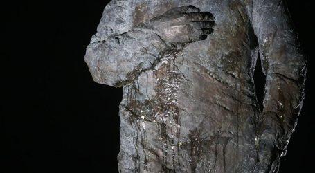 Tuđmanov spomenik ponovno na meti vandala