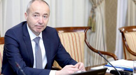 Ministra Krstičevića zanima otkud cure informacije  o propalom poslu nabave aviona