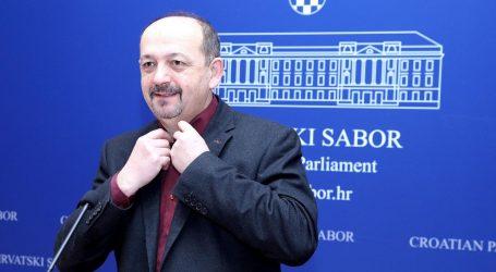 """LOVRINOVIĆ """"Štetan i sramotan zakon stavlja HNB u povlašteni položaj"""""""