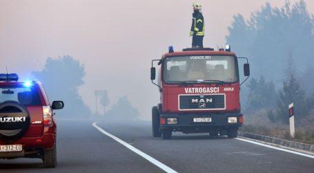 Požar kod Šibenika lokaliziran, magistrala otvorena za sav promet