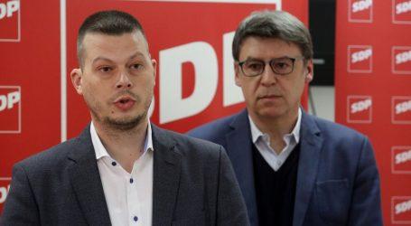 """JOVANOVIĆ """"Neprihvatljivo da javna televizija tuži svoje i druge novinare"""""""