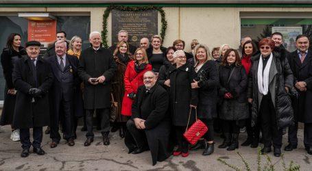 ROTARY KLUB DUGO SELO Postavljena spomen ploča na kući gdje je živio Jadranko Crnić