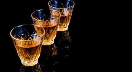 INDIJA Najmanje 70 ljudi umrlo od trovanja alkoholom
