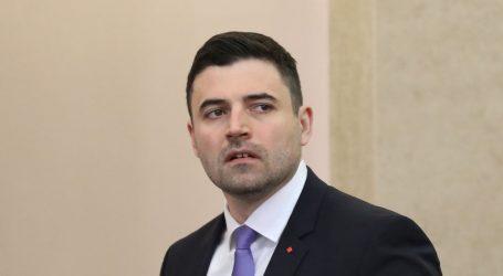 """BERNARDIĆ """"INA se prepušta Mađarima"""""""
